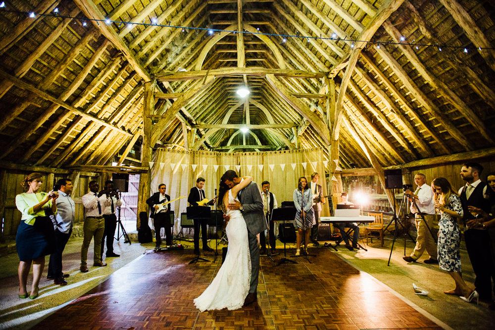 Little Bourne Barn wedding Kent